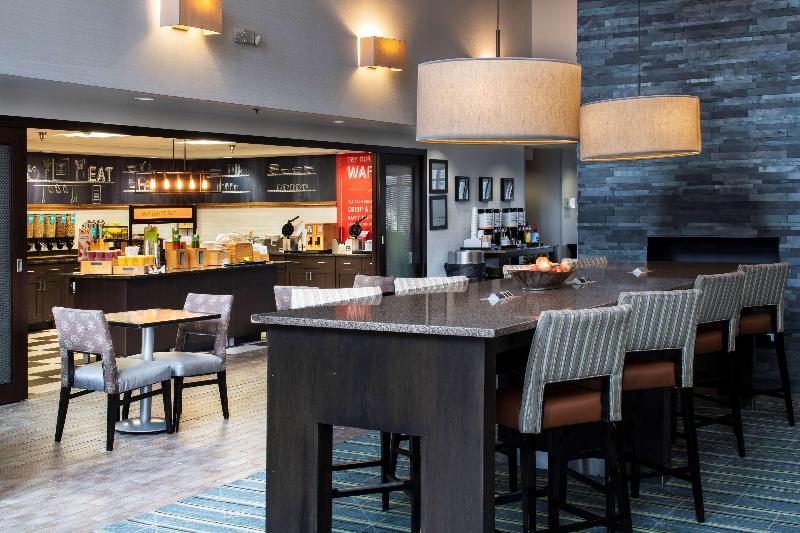Lobby Hampton Inn & Suites Chicago Lincolnshire