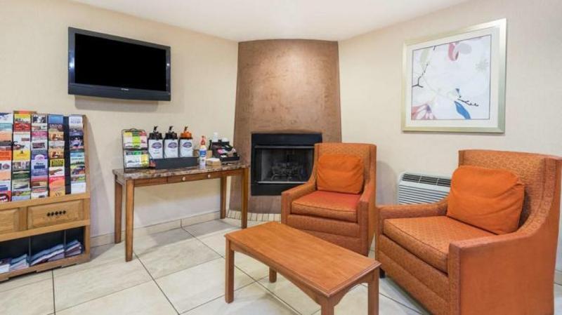 Lobby Fairfield Inn & Suites Santa Fe