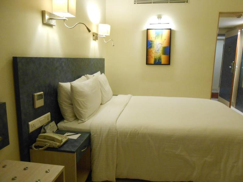 Room Noorya Hometel Pune