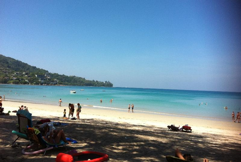Kamala Beach Front Apartment - Pool - 2