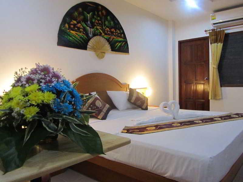 Neeraja Guesthouse - Room - 0