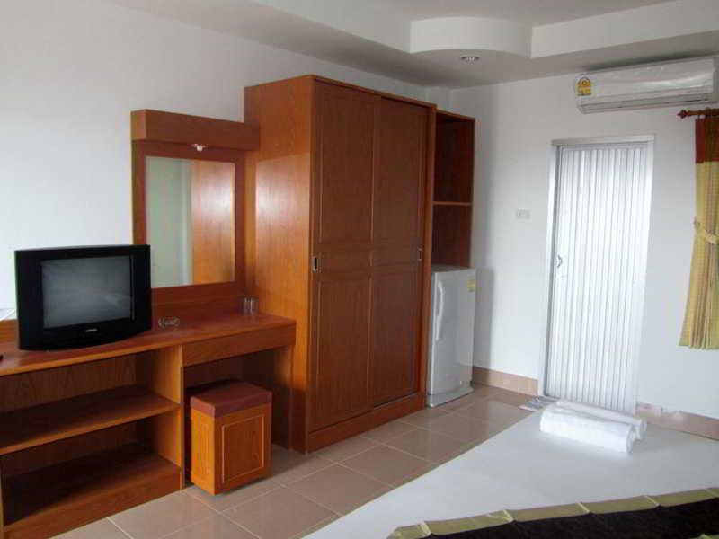 Neeraja Guesthouse - Room - 5