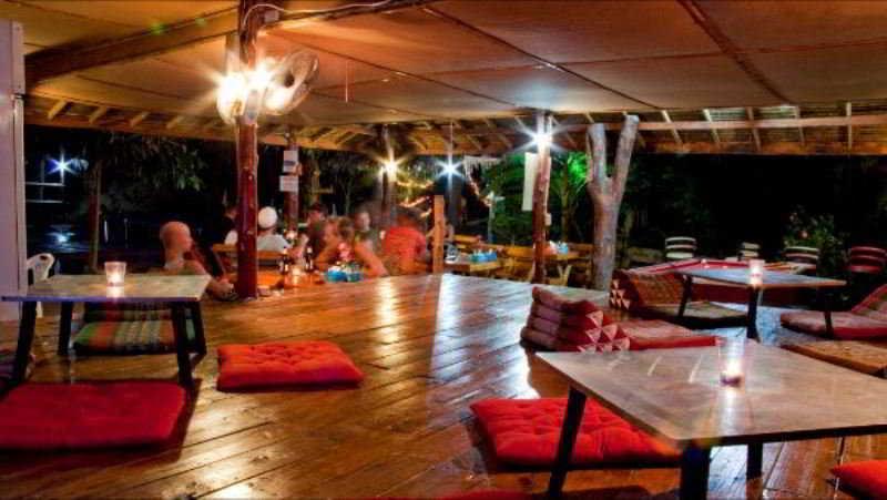 Bamboo Moutatin View Resort - Bar - 2
