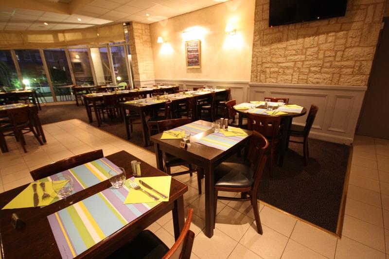 Restaurant Kyriad Saint Pierre Des Corps