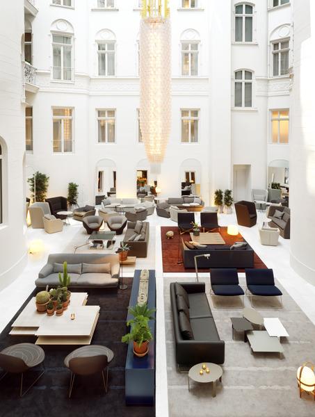Lobby Nobis Hotel
