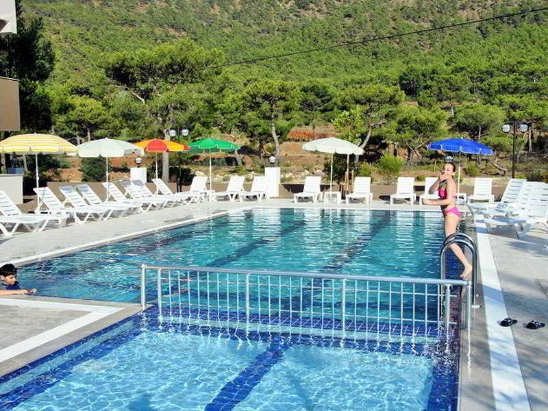 Buhana - Pool - 1
