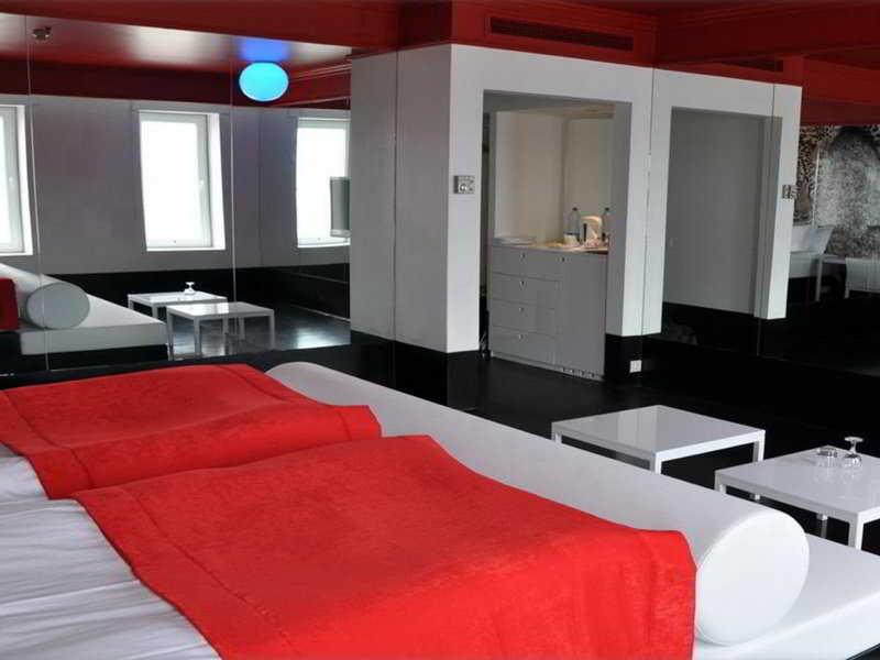 Hepkon Tower Hotel - Room - 0