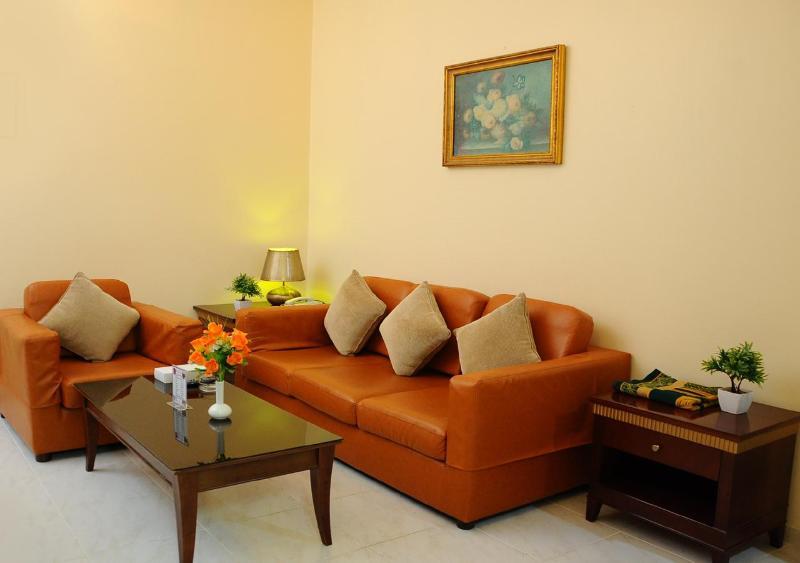 Tulip Inn Royal Suites Ajman - Room - 6