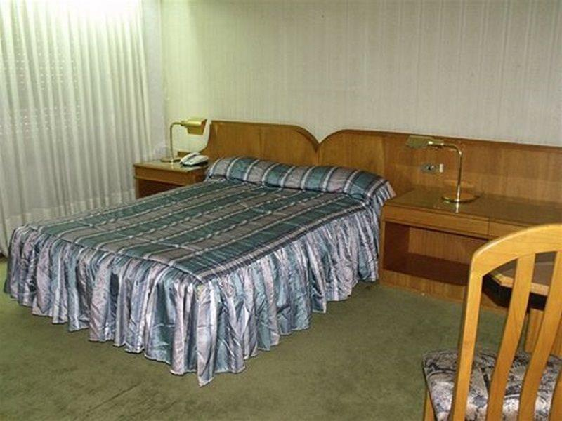 Plaza Hotel - Hotel - 1