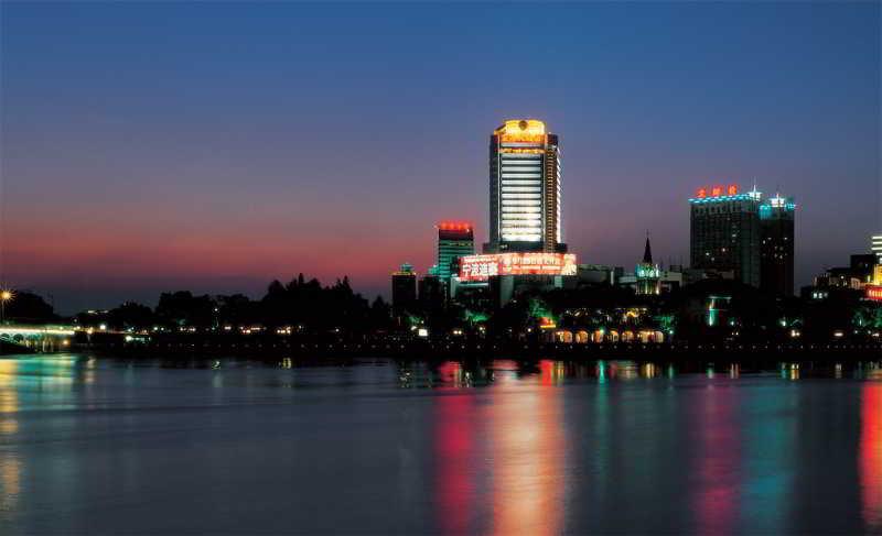 Golden Port - Hotel - 4