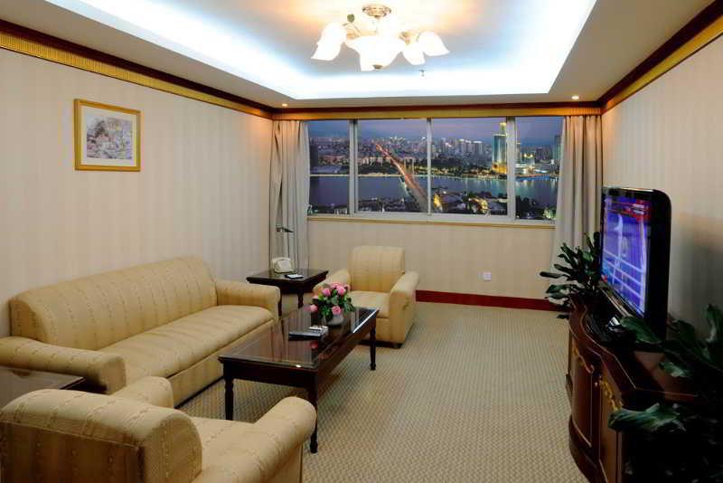 Golden Port - Room - 5