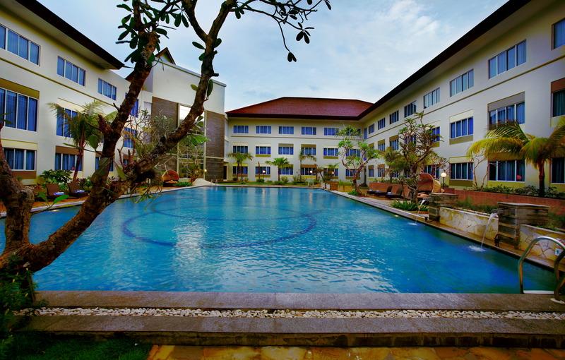 Pool Aston Tanjung Pinang Hotel & Conference Center