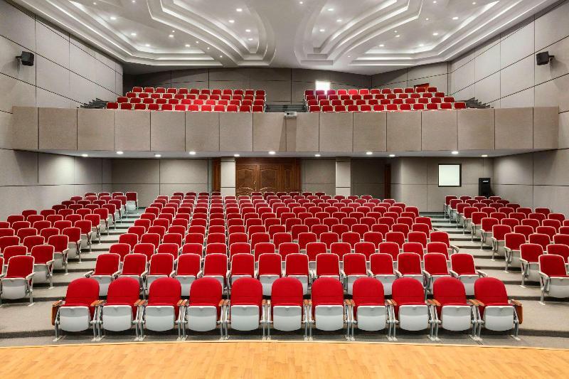 Ramada Hotel & Suites - Conference - 3