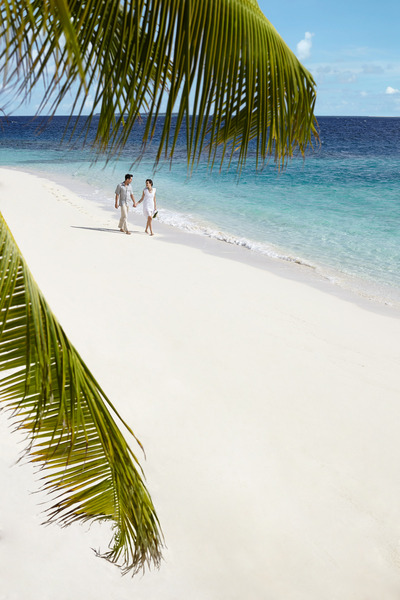 Beach Dusit Thani Maldives