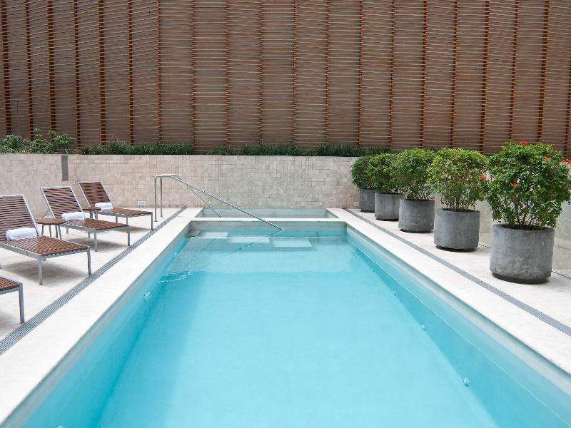 Pool Atton San Isidro