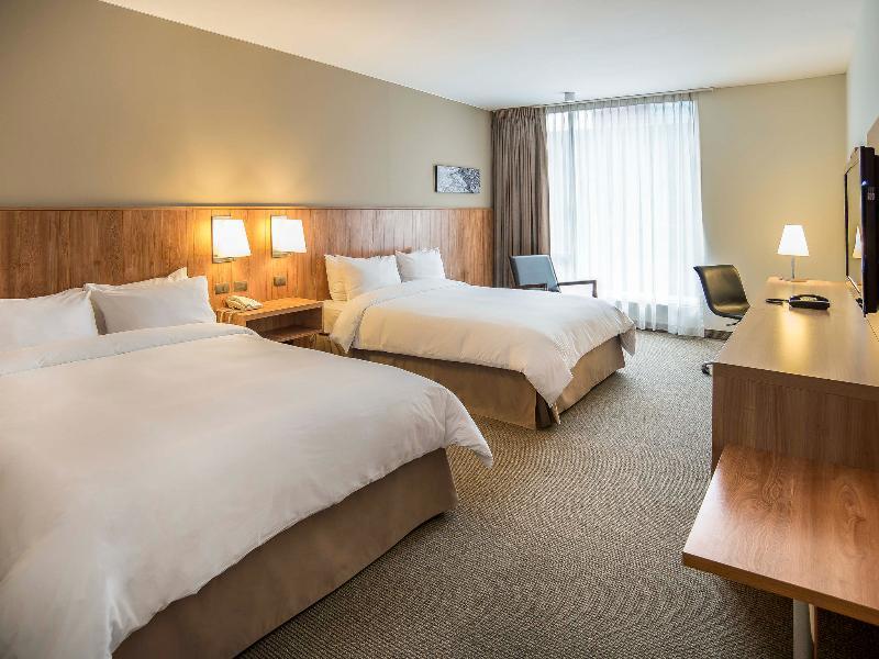 Room Atton San Isidro