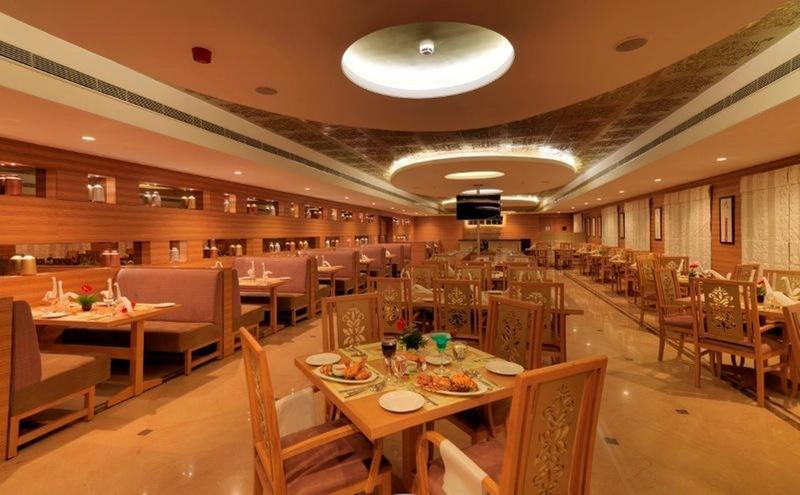 Restaurant Goldfinch Retreat Bangalore