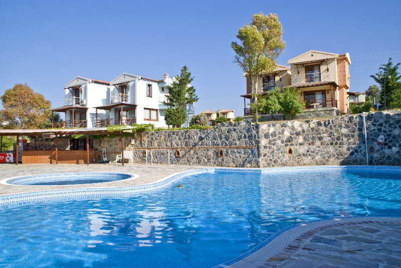 Akay Garden Resort - Pool - 4