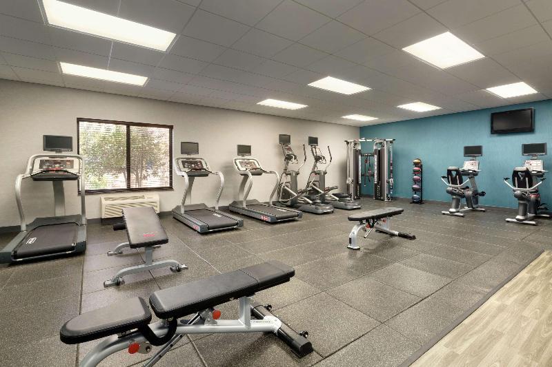 Sports and Entertainment Hampton Inn & Suites Thousand Oaks, Ca
