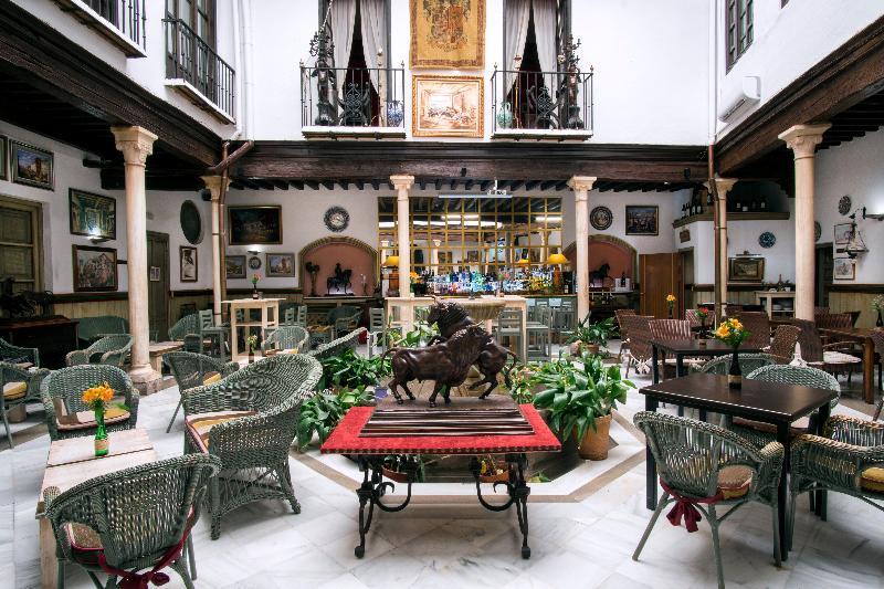 Restaurant Casa Palacio Pilar Del Toro