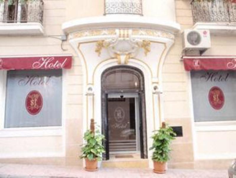 St Hotel - Hotel - 2
