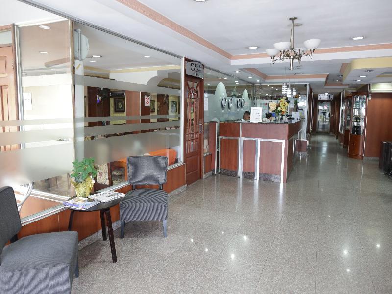 Lobby La Cresta Inn