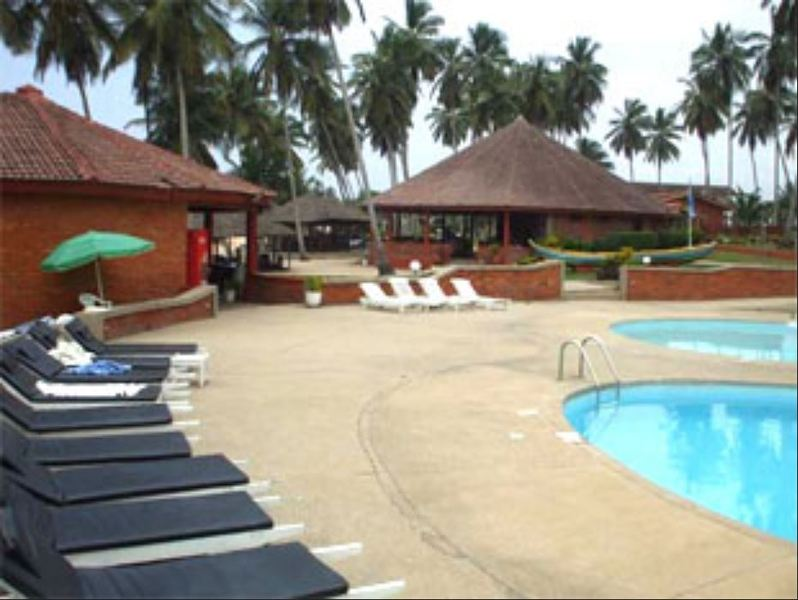 Pool Coconut Grove Beach Resort