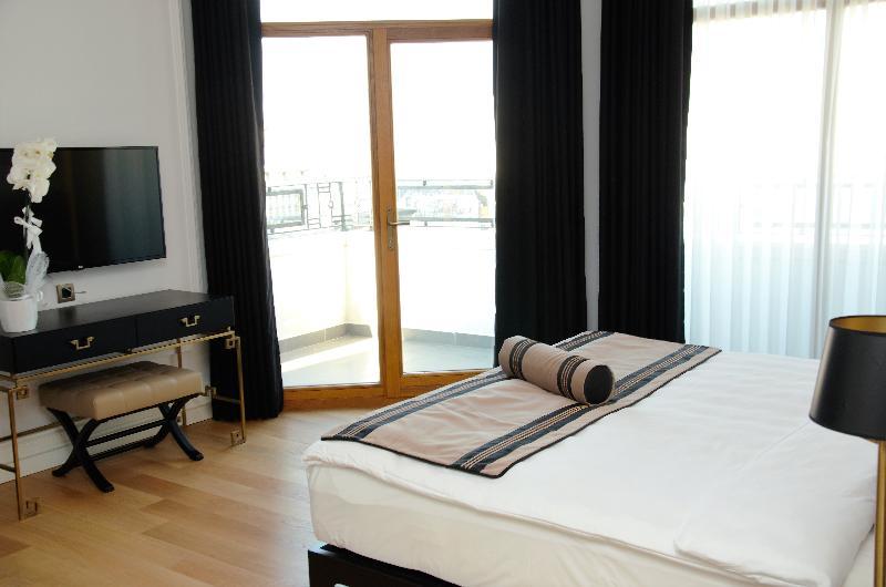 Room Bvs Lush Hotel Taksim