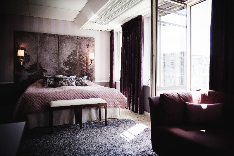 Room Freys