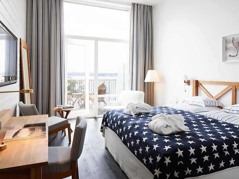 Room Hotel J