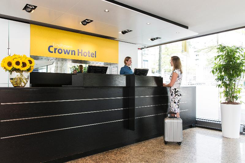 Lobby Crown Hotel Eindhoven