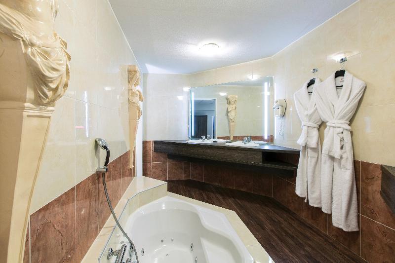 Room Crown Hotel Eindhoven