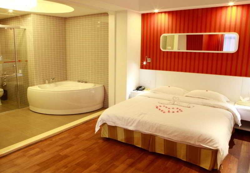 YH - Room - 1
