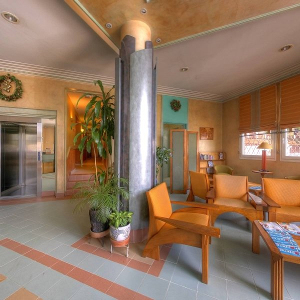 Lobby Tana Plaza Hotel
