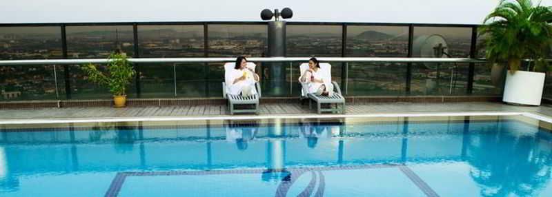 Quality Hotel Shah Alam - Pool - 0