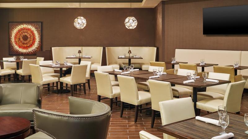 Restaurant Sheraton Hotel Lisle