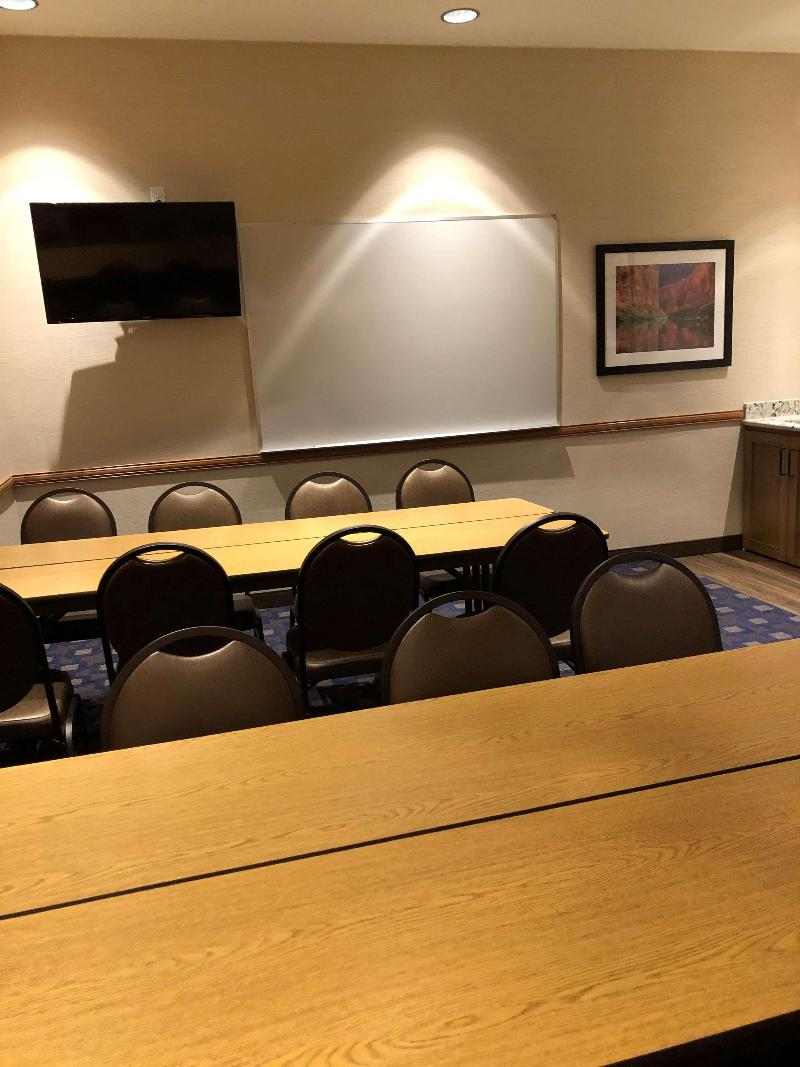 Conferences Best Western Plus A Wayfarer\'s Inn And Suites