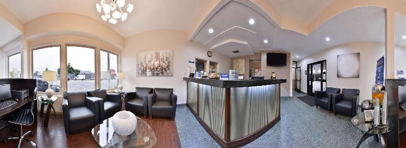 Lobby Best Western Airport Plaza Inn