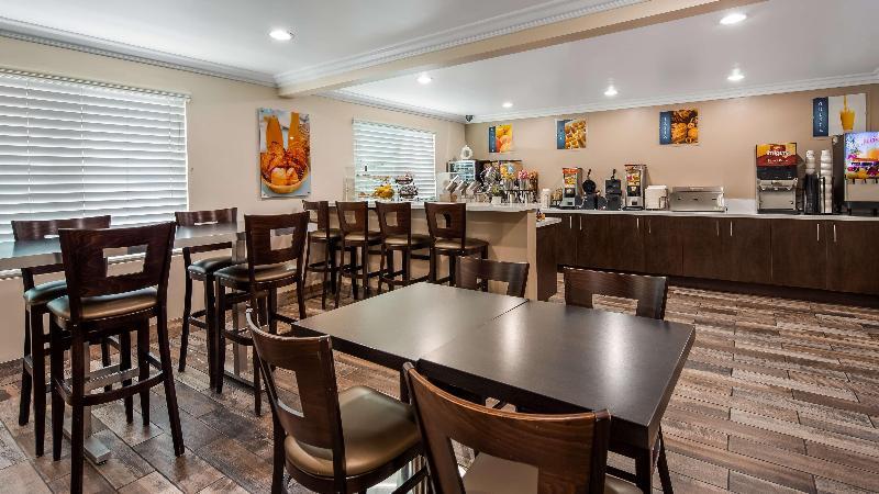 Restaurant Best Western Airport Plaza Inn