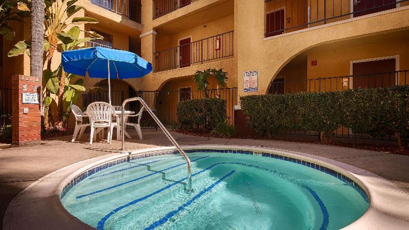 Pool Best Western Moreno Hotel & Suites