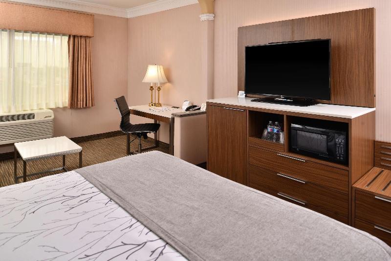 General view Best Western Plus Suites Hotel