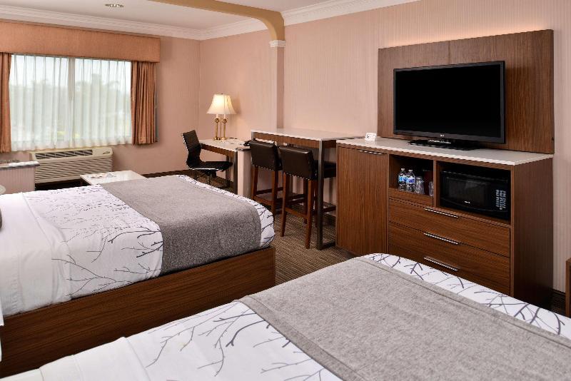 Room Best Western Plus Suites Hotel