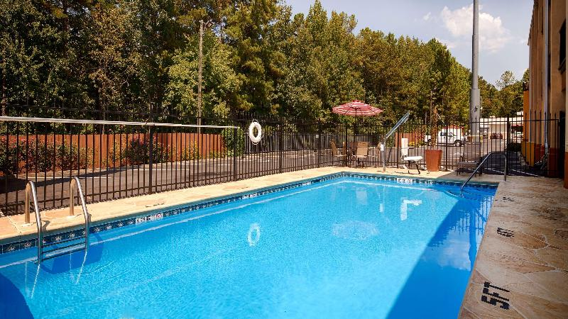 Pool Best Western Allatoona Inn & Suites
