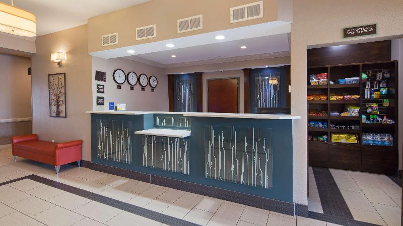 Lobby Best Western Inn & Suites