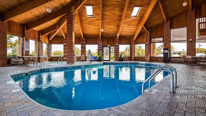 Pool Best Western Muncie