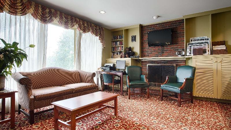 Lobby Best Western Plus Freeport Inn