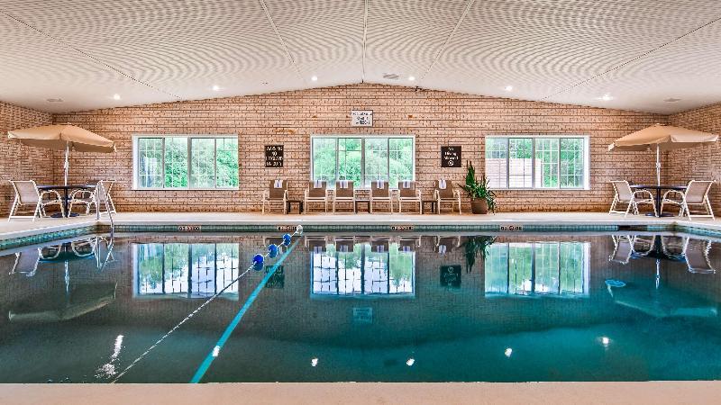 Pool Best Western Of Hartland