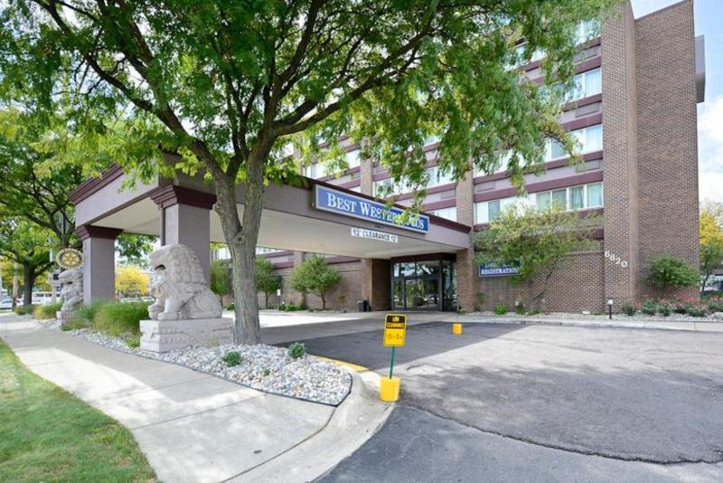 General view Best Western Lansing Hotel