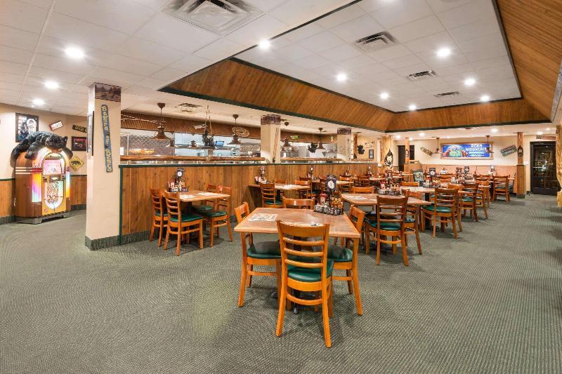 Restaurant Wyndham Garden Carson City Max Casino