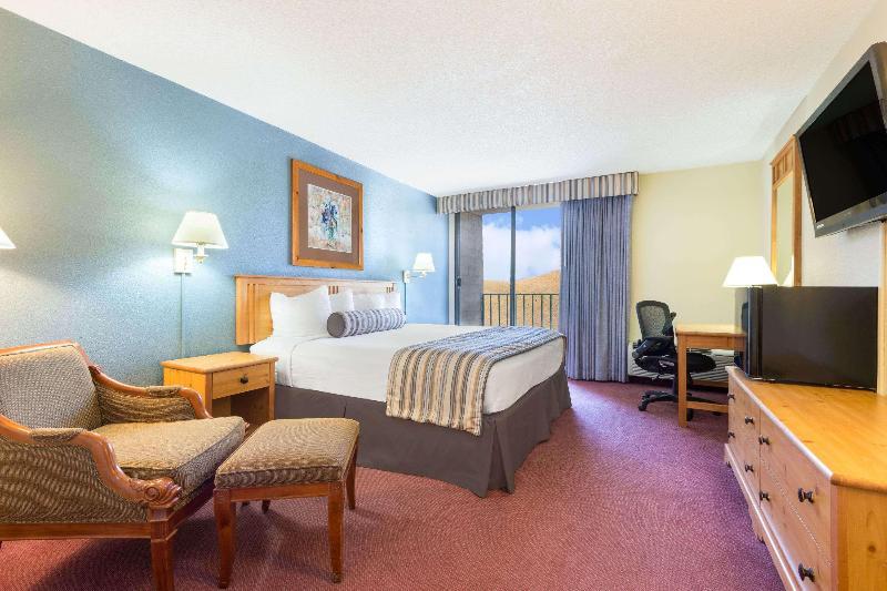 Room Wyndham Garden Carson City Max Casino